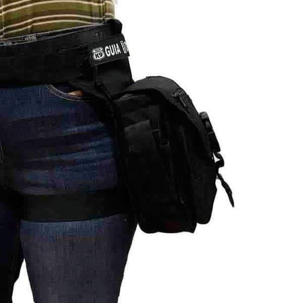 bolso ajustable a la cintura y la pierna